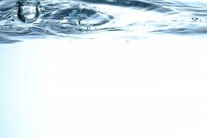 みくみの原因となる余分な水分のイメージ